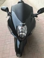 Available here suzuki gsxr1000cc 2017 and hayabusa 2005 gray color done 30000 km