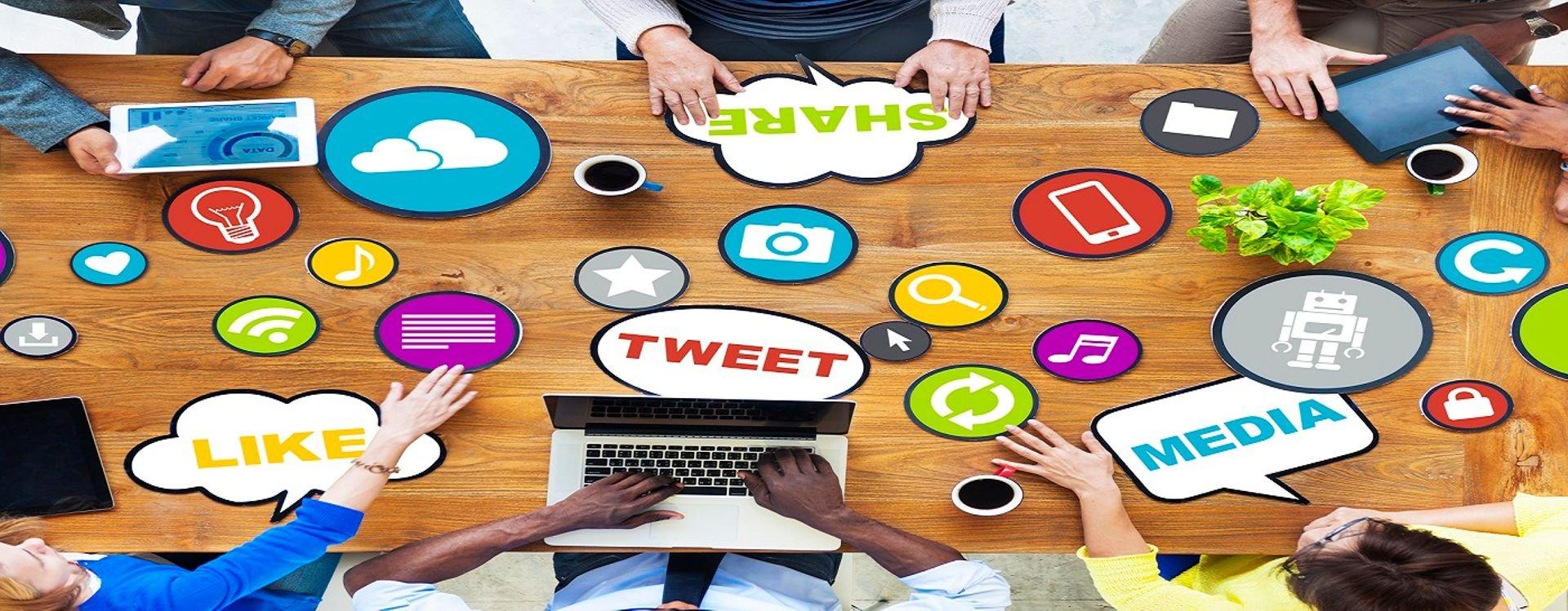 هل يؤدي استخدام فيس بوك أو تويتر إلى الاكتئاب؟! وكيف يمكن أن نتجنب الآثار السلبية لوسائل التواصل الاجتماعي؟