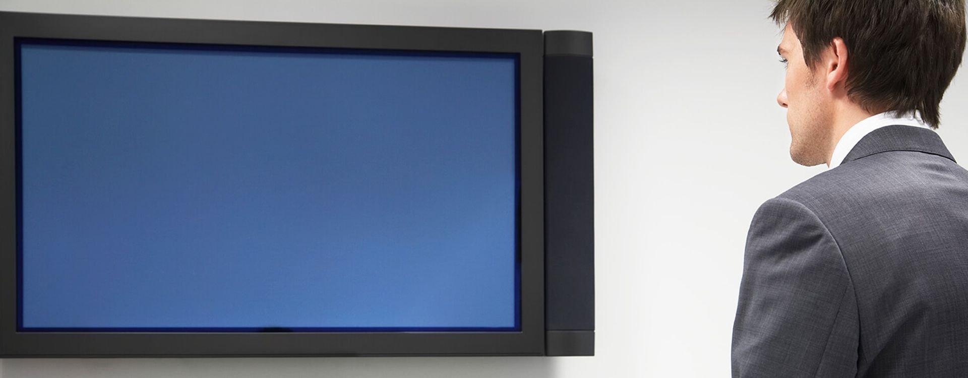 تعلم كيف تختار أفضل التلفزيونات الذكية