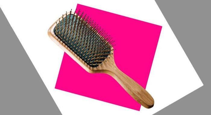 فرشاة شعر خشبية