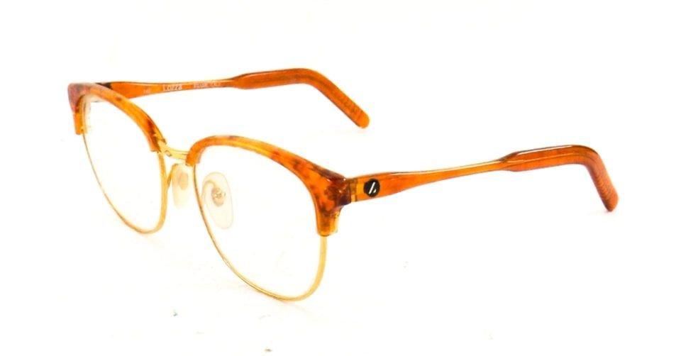 نظارة ذات خط حاجب