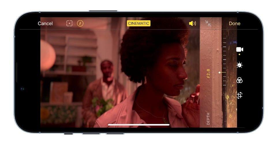 صورة لتسجيل فيديو باستخدام الوضع السينمائي