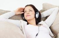 أظهرت الدراسات أن استخدام سمّاعات الرأس يقلل في الكثير من الأحيان التشوش الذهني، وبالأخص إذا ما استمع مستخدموها إلى الموسيقى الهادئة 01