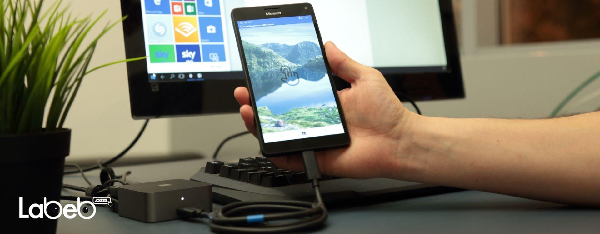 تتميّز هواتف مايكروسوفت لوميا 950 إكس إل بشاشاتها الكبيرة، والتي يبلغ قياسها 5.7 بوصة