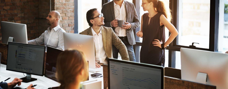 لا يزال حضور الكمبيوتر الشخصي أو المكتبي يفرض نفسه على الرغم من التطور التكنولوجي الهائل