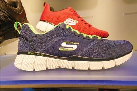 נעלי ספורט למבוגרים