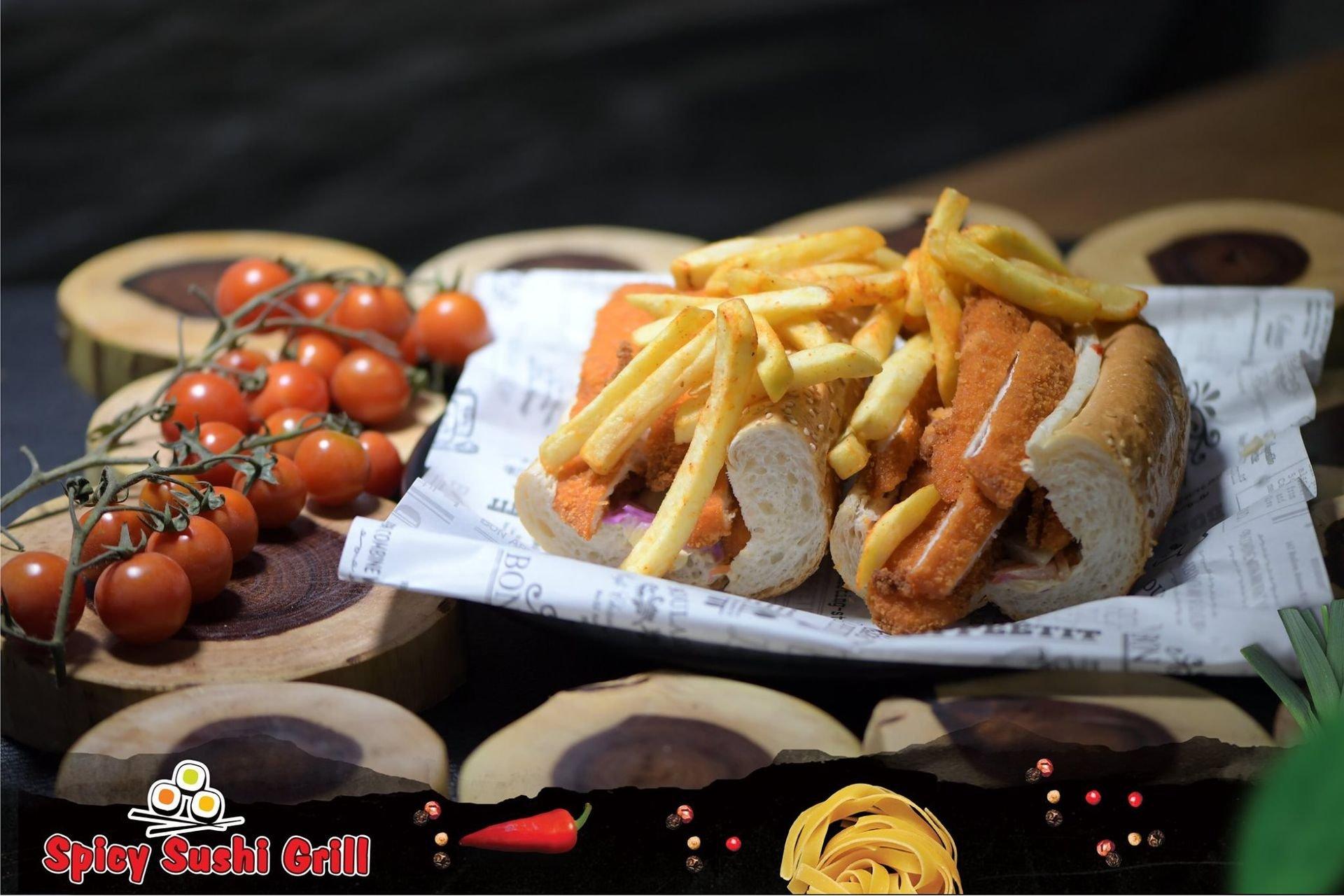 10 Spicy sushi Grill תְמוּנָה