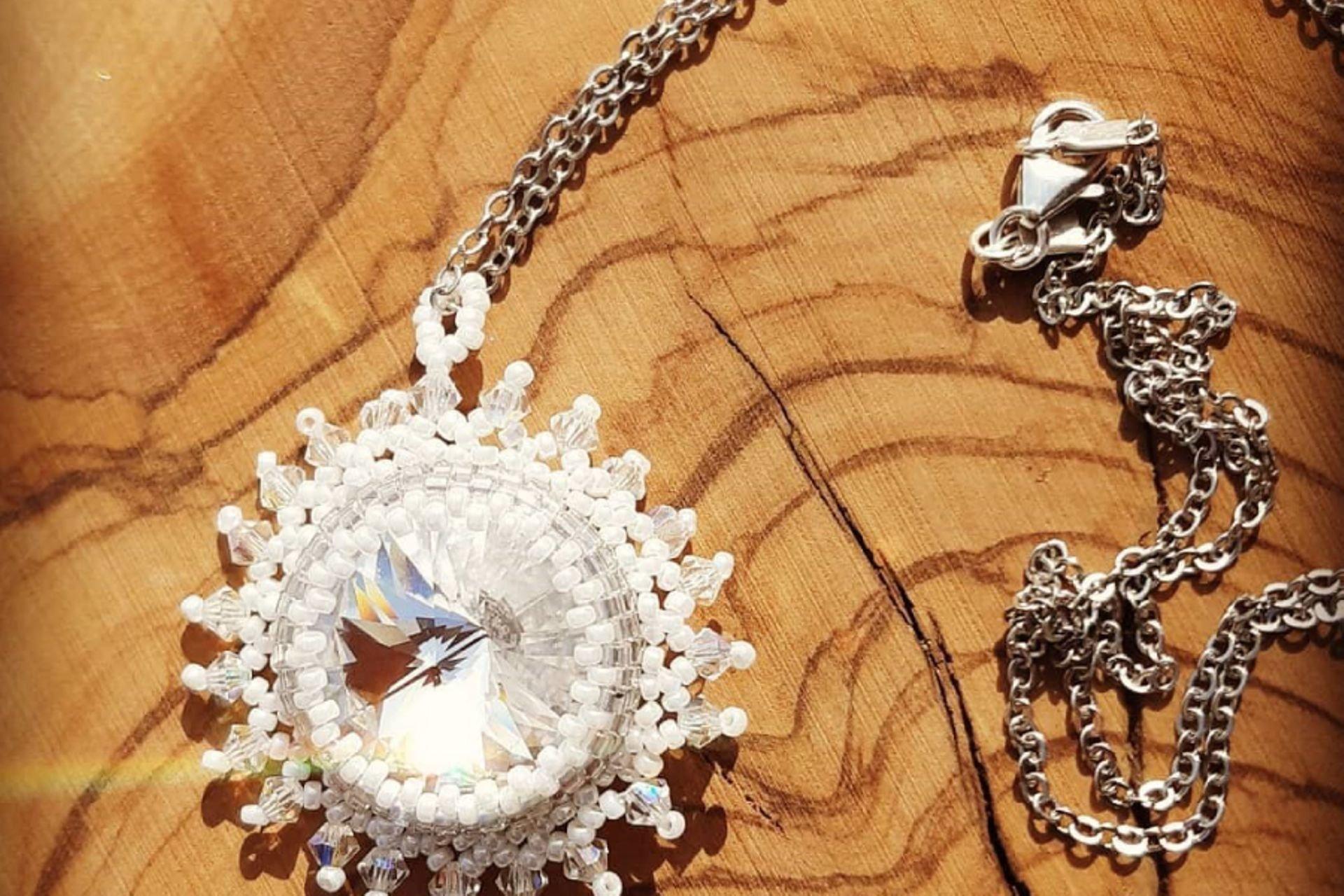 22 lantana beads jewelry designer תְמוּנָה