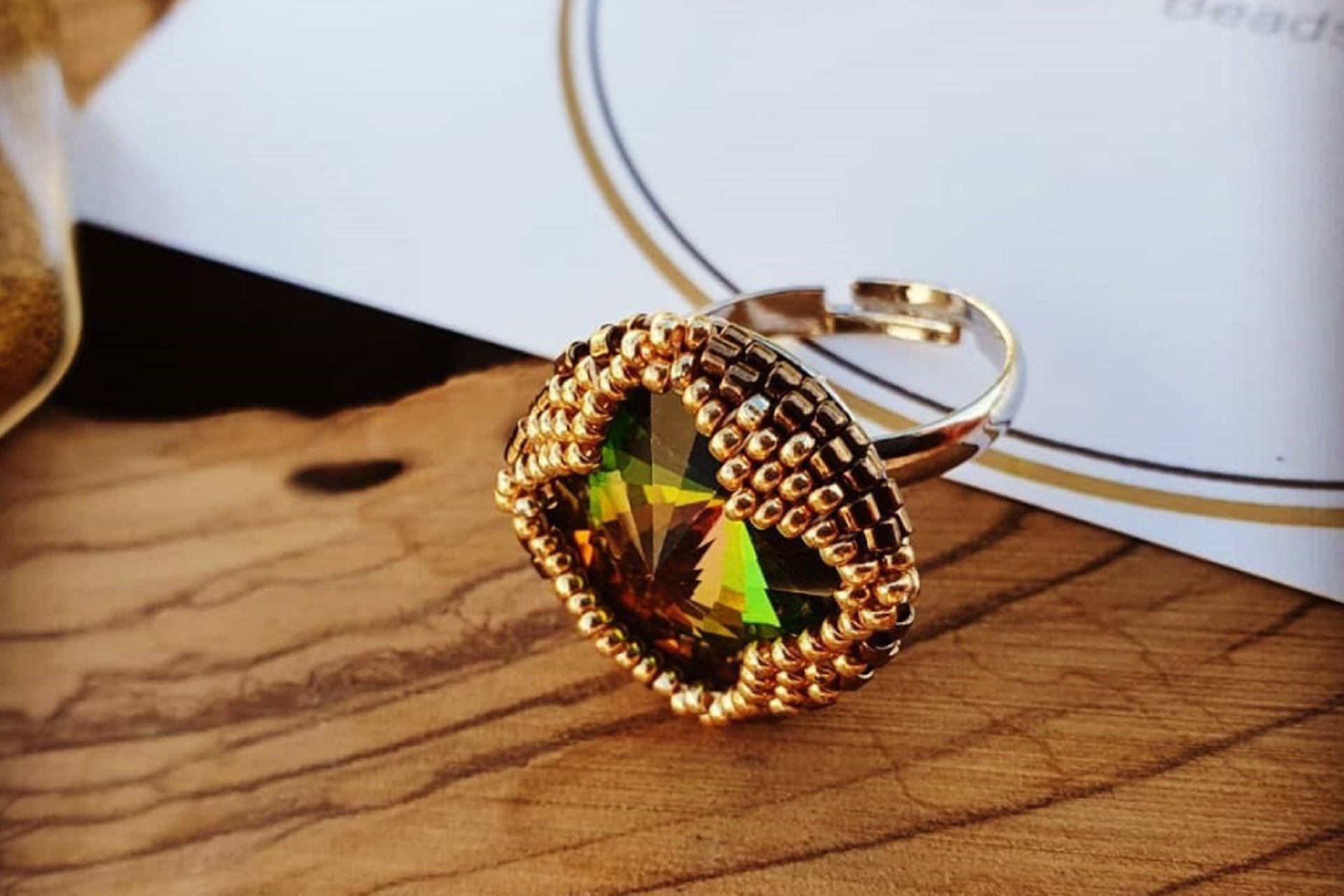 31 lantana beads jewelry designer תְמוּנָה