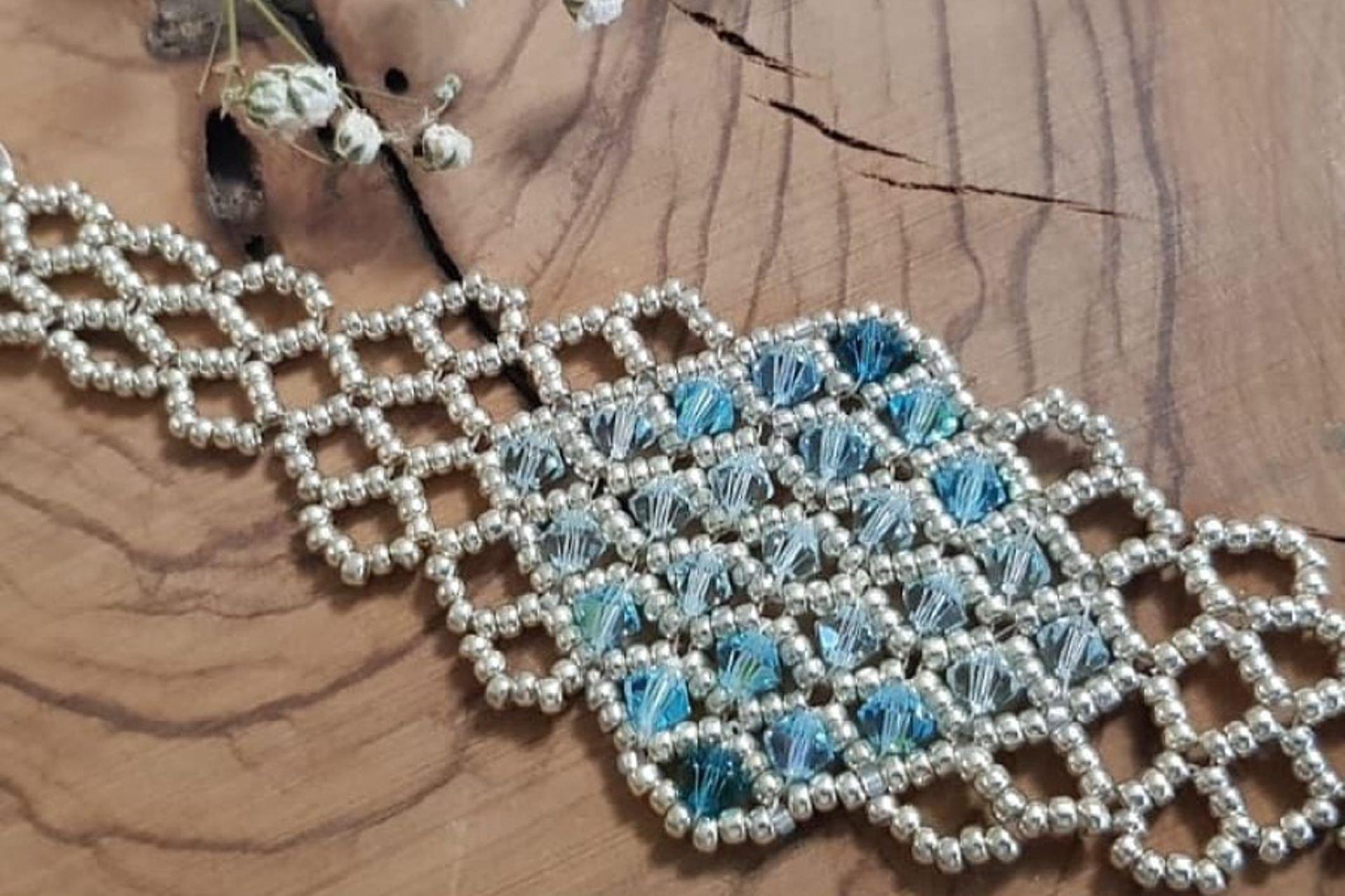 30 lantana beads jewelry designer תְמוּנָה