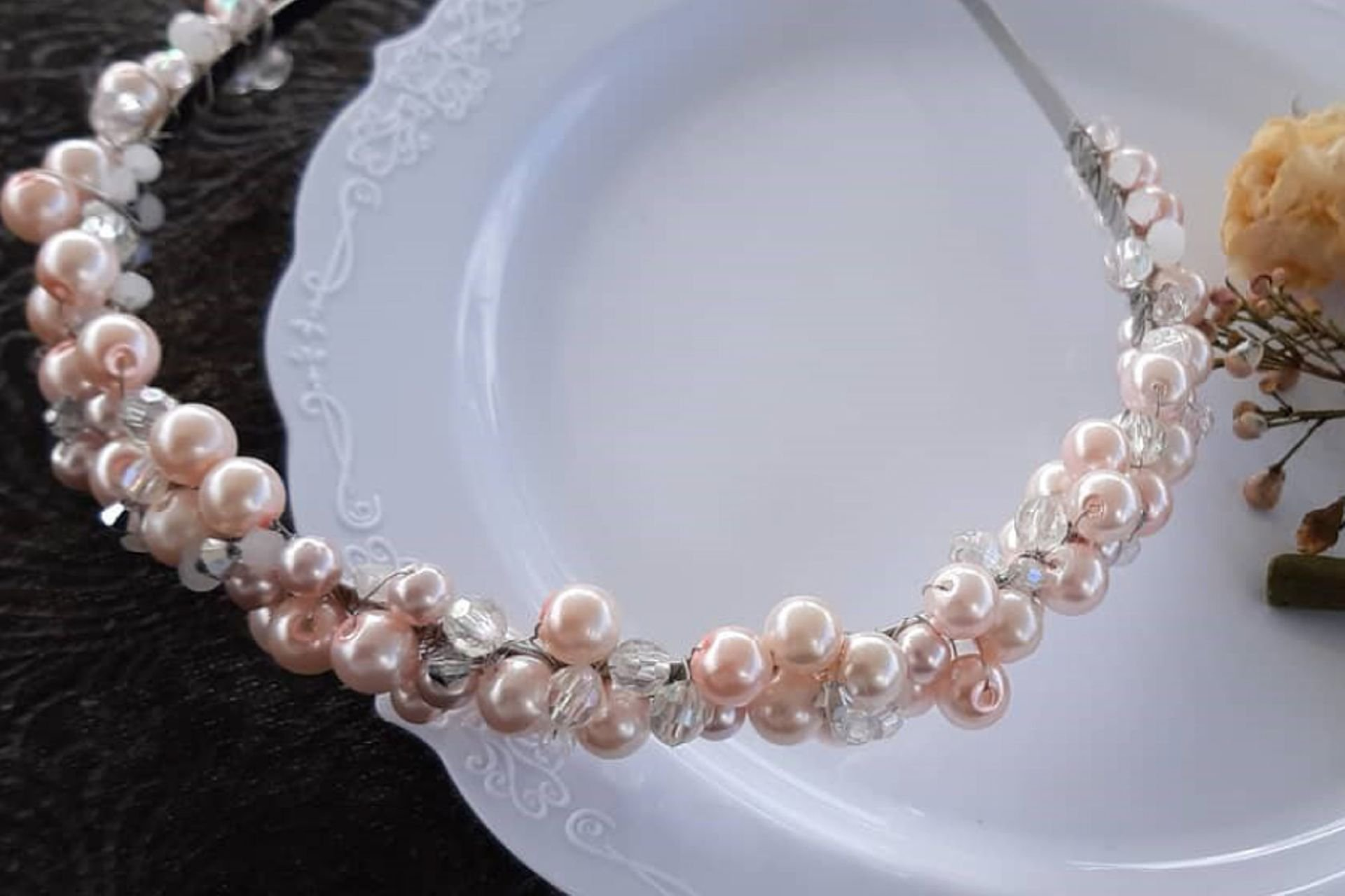 3 lantana beads jewelry designer תְמוּנָה