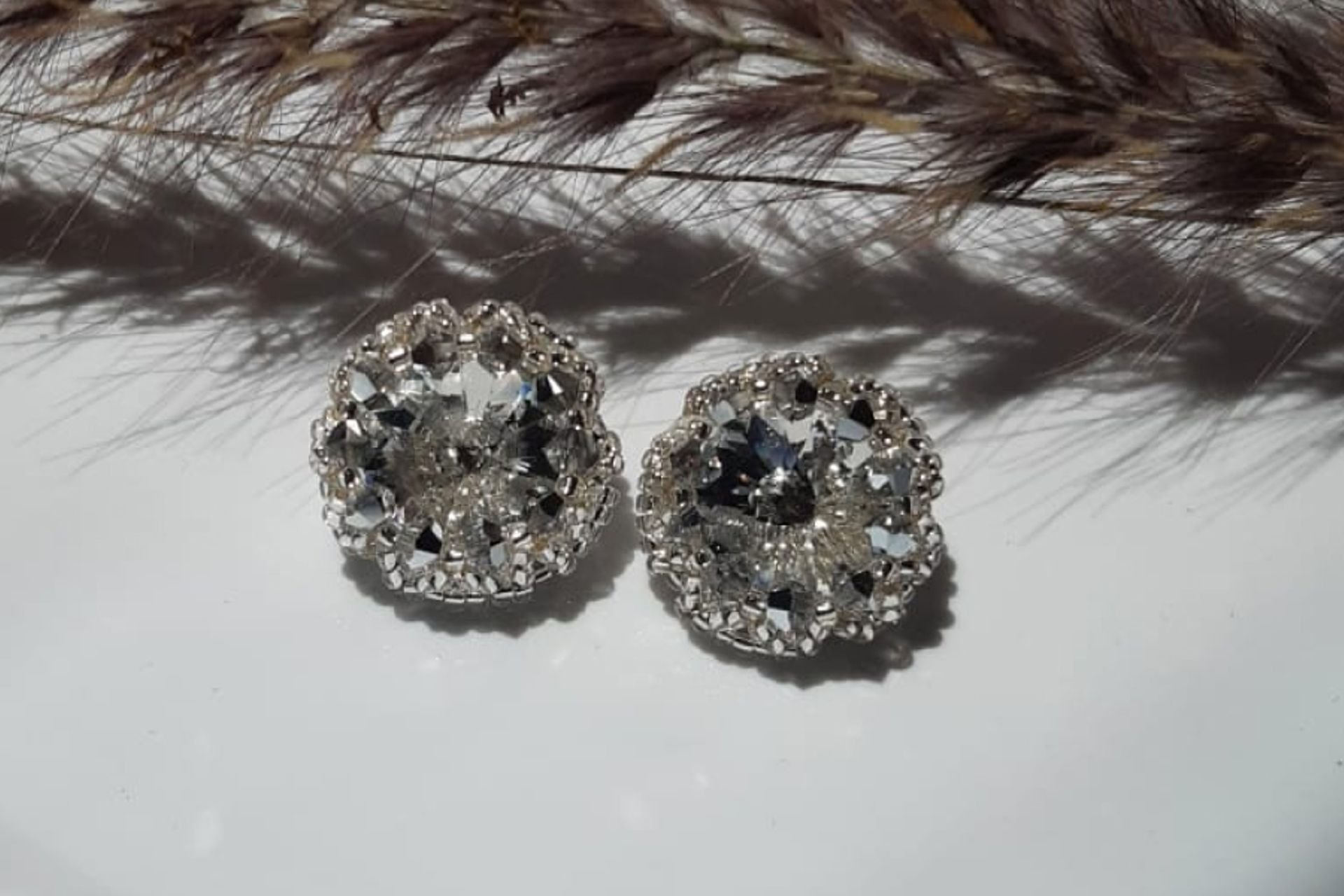 12 lantana beads jewelry designer תְמוּנָה