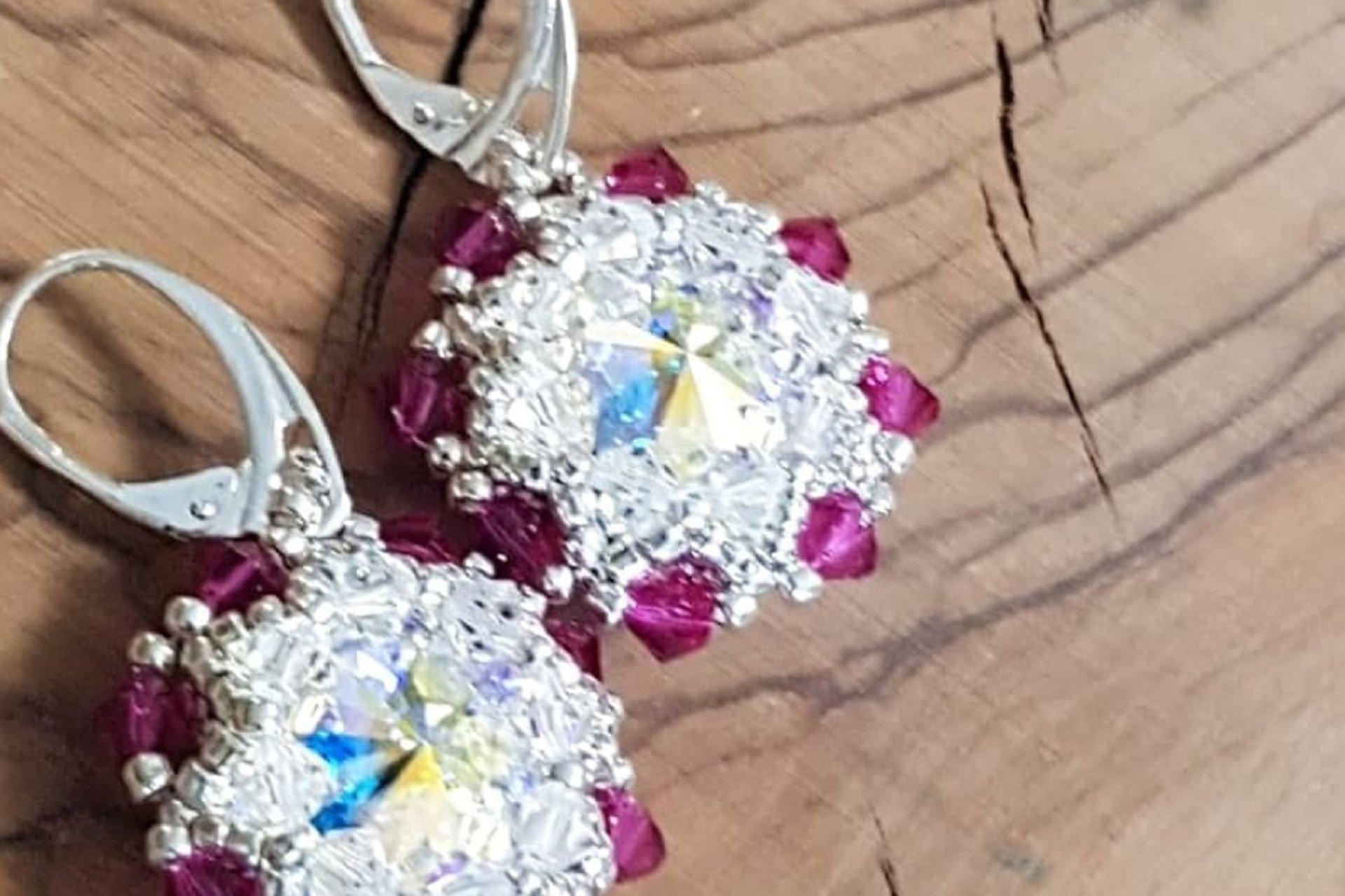 18 lantana beads jewelry designer תְמוּנָה