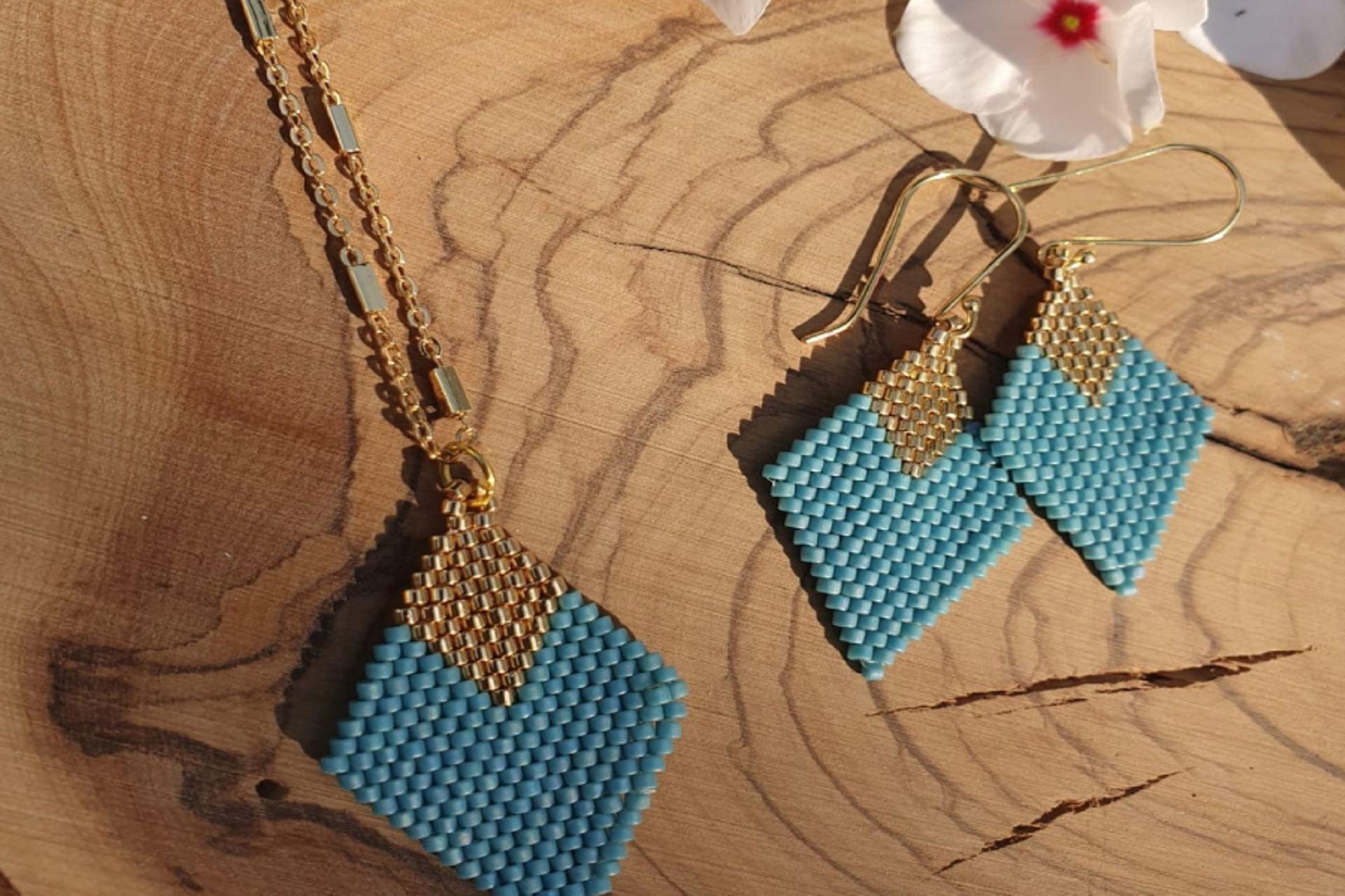24 lantana beads jewelry designer תְמוּנָה