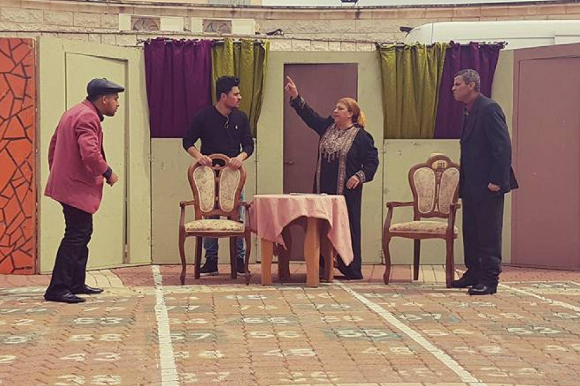 12 مسرح الاجيال  صورة