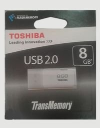 فلاش USB توشيبا ذاكرة 8 جيجابايت موديل THNU08HAYWHT(6