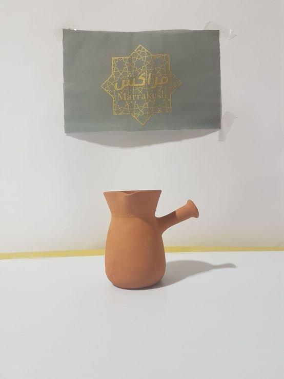 כד חרס עם ידית להכנת קפה/תה עבודת יד