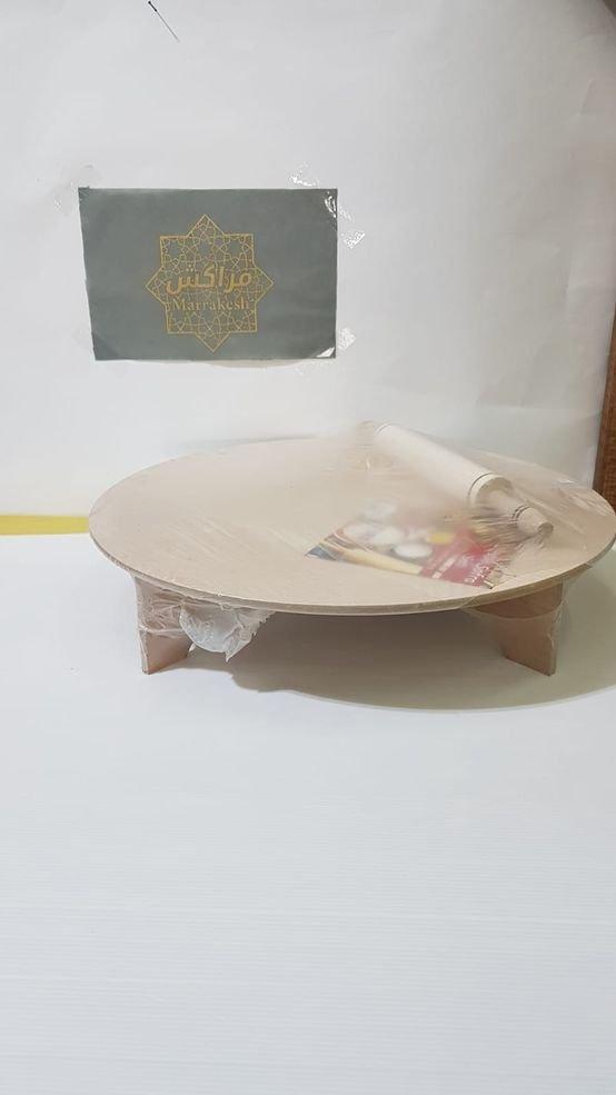 שולחן עיבוד בצק