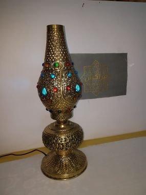 מנורה שולחן