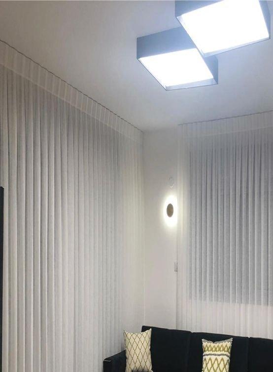 צמודי תקרה
