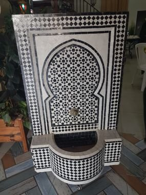 מזרקה מרוקאית צבעונית