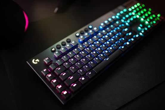 logitech G815 RGB Clicky Switches Mechanical Gaming Keyboard