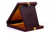 מגן הוקרה מעוצב מעץ איכותי ביותר לשולחן  דגם 464..