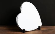 מגן איכותי מאבן בזלת צורת לב, יוקרתי עם תמונה באיכות פוטו גודל 26*24.