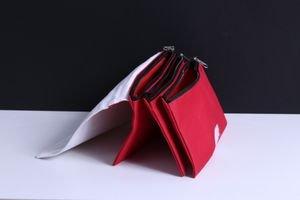 קלמר אדום איכותי 3 כיסים עם רוכסנים עם הדפסת תמונה!