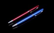 עט דגם 1222 עם הדפסה/חריטה איכותית.