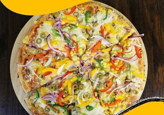 2 بيتزا خضار حجم عائلي