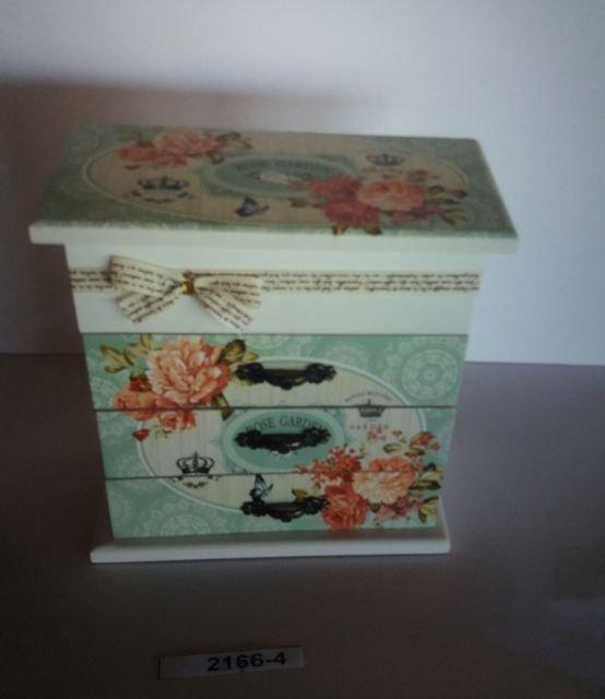 קופסה עץ עם מגירות
