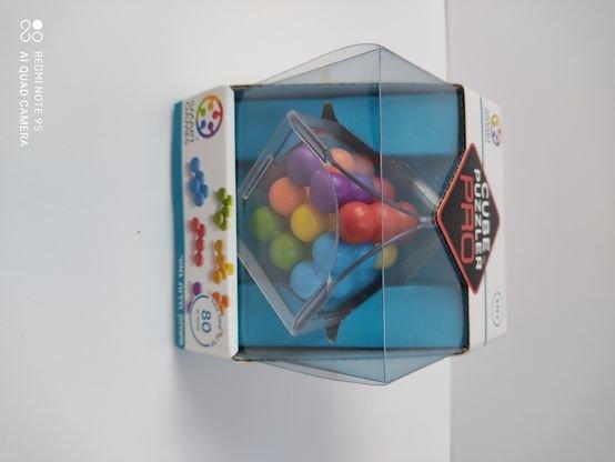 Cube puzzler