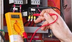 كهربائي منازل متنقل للصيانه وإصلاح اعطال الكهرباء ت 0796469331