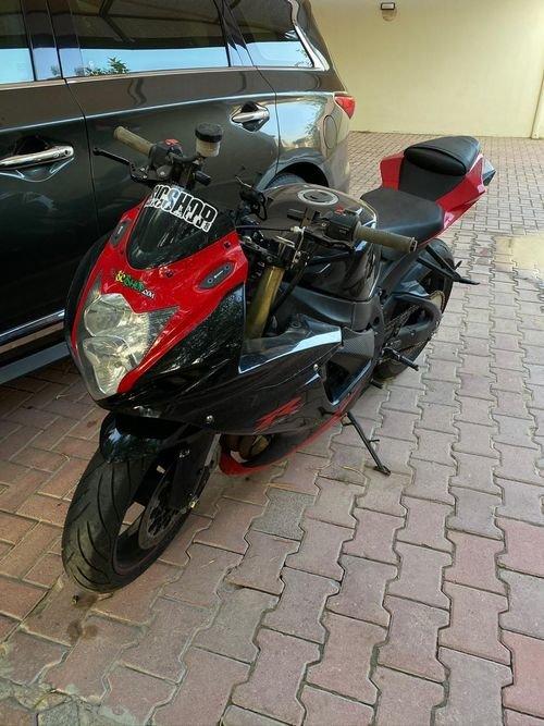 suzuki gsxr 750cc