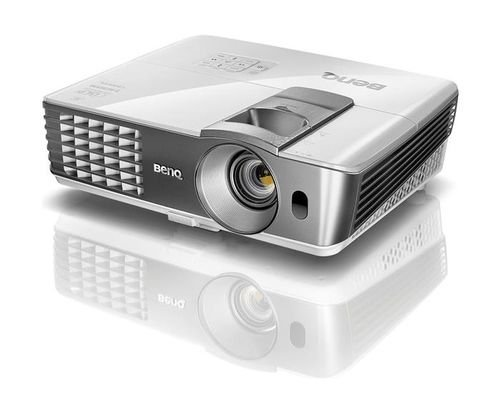 BenQ Wireless Living Room Projector side Full HD 1080P W1070+