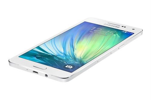 White Samsung Galaxy A5 smartphone screen