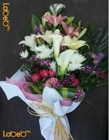 flower bouquet designed from White rose krez red rose jabothel