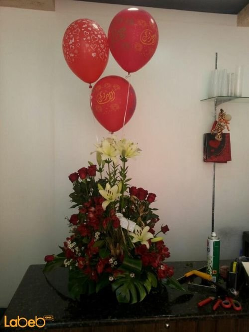 Flower bouquet rose Alstroemeria white lester 3 helium baloons