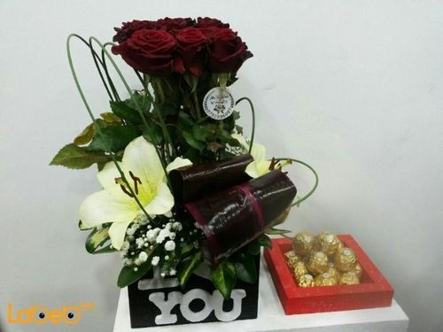 Flower bouquet from laly red rose Dutch Green with Ferrero Rocher