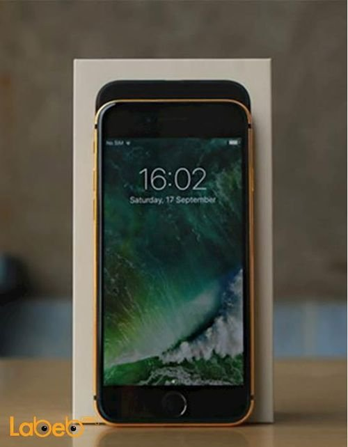 Apple Iphone 7 smartphone Black with gold