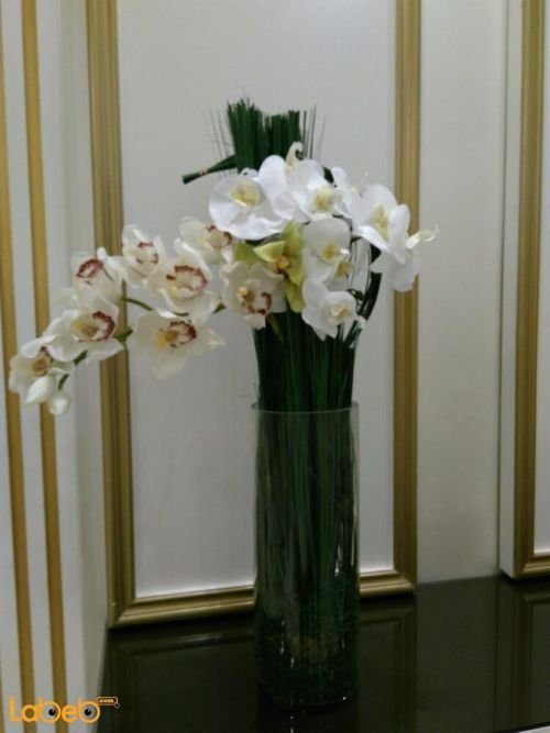 Artificial flowers bouquet white & Ivory glass base