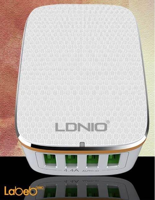 شاحن حائط لدنيو 4 منافذ USB لون أبيض موديل A4404