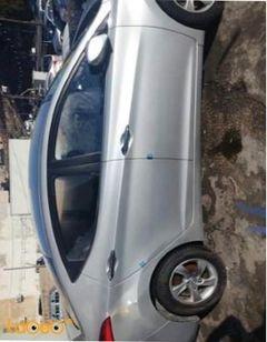 سيارة هونداي أفانتي 2014 - محرك 1600 سي سي - لون سيلفر - 35000 كلم