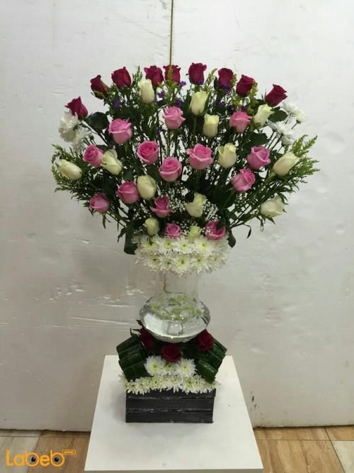 Natural flowers vase with wooden box red white & pink