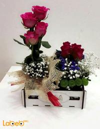 صندوق خشبي ورد طبيعي احمر زهري بنفسجي مع سلسلة