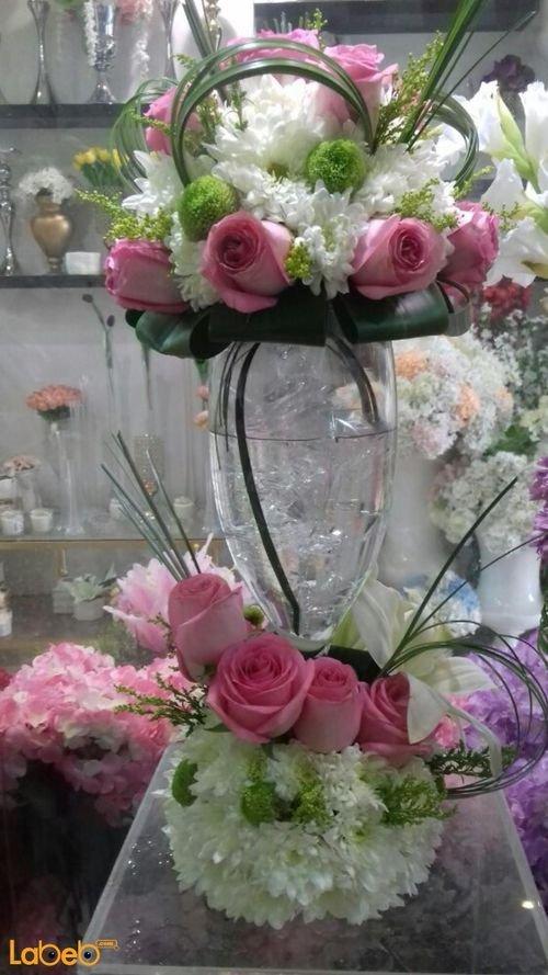 مزهرية زجاجية ورد طبيعي فازة شفافة ألوان ابيض وزهري