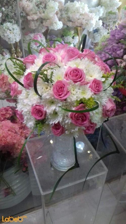 مزهرية وفازه ورد طبيعي فازة زجاج ألوان ابيض وزهري