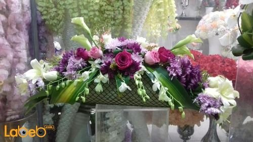 Natural flowers bouquet suitable to table decoration White Pink Purple