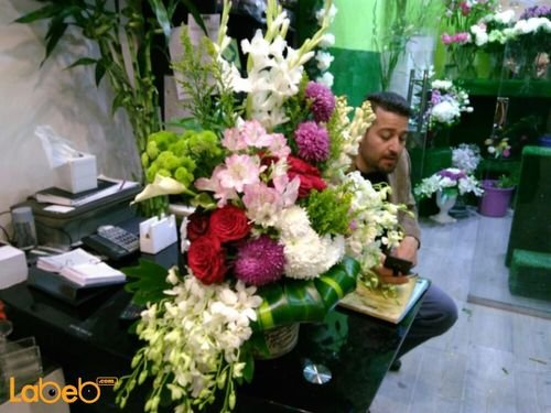 Natural flowers with base Red Pink Green White colors
